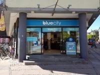 BLUE CITY INVITERER TIL FARS DAG MED PRISFEST OG FARHYGGE