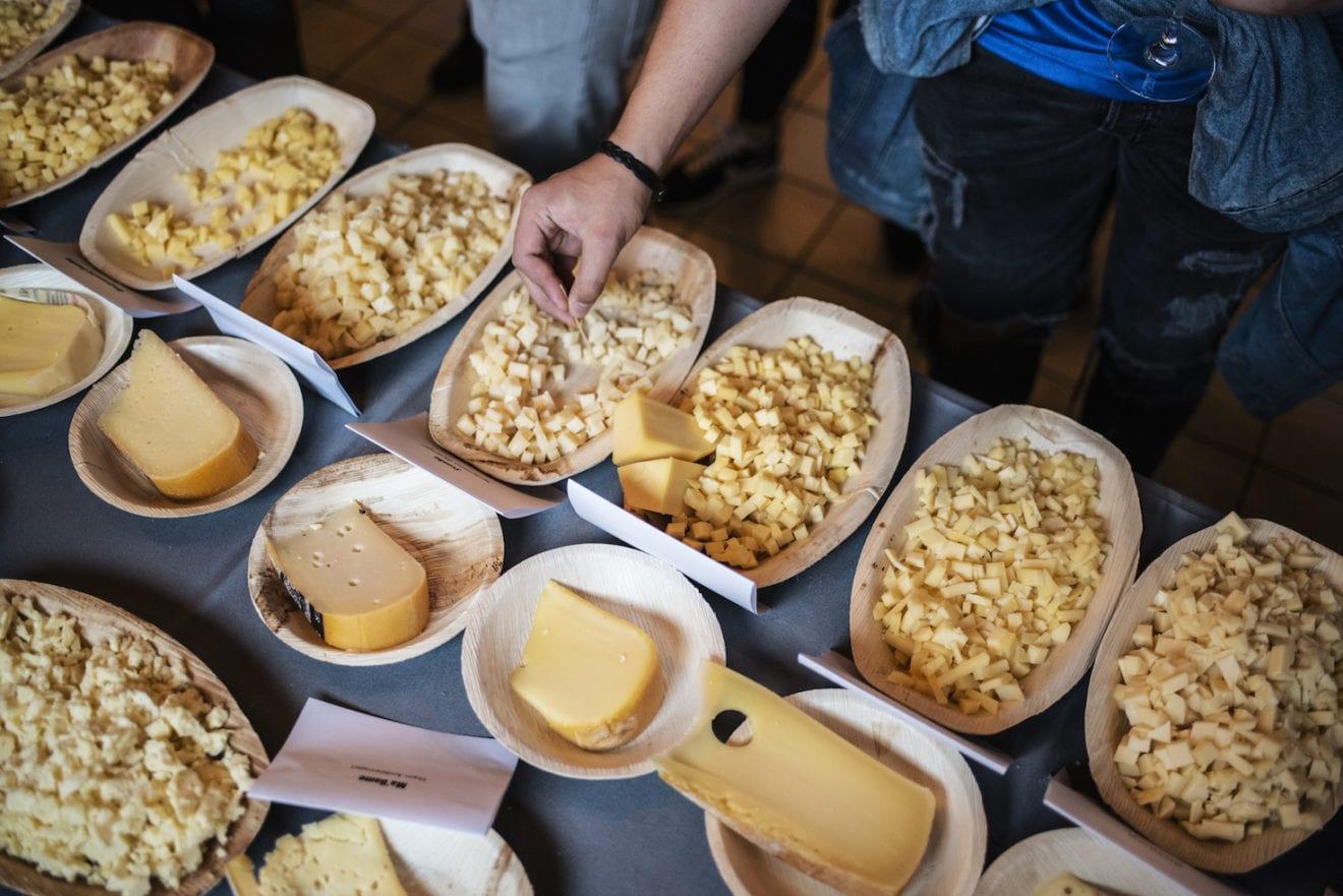 Trods corona: Gourmetprisen er tilbage til at kåre kongerigets bedste mejeriprodukter