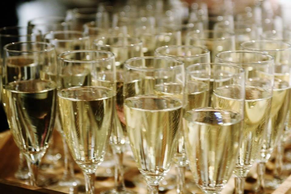 Sådan arrangerer du den sjoveste nytårsfest