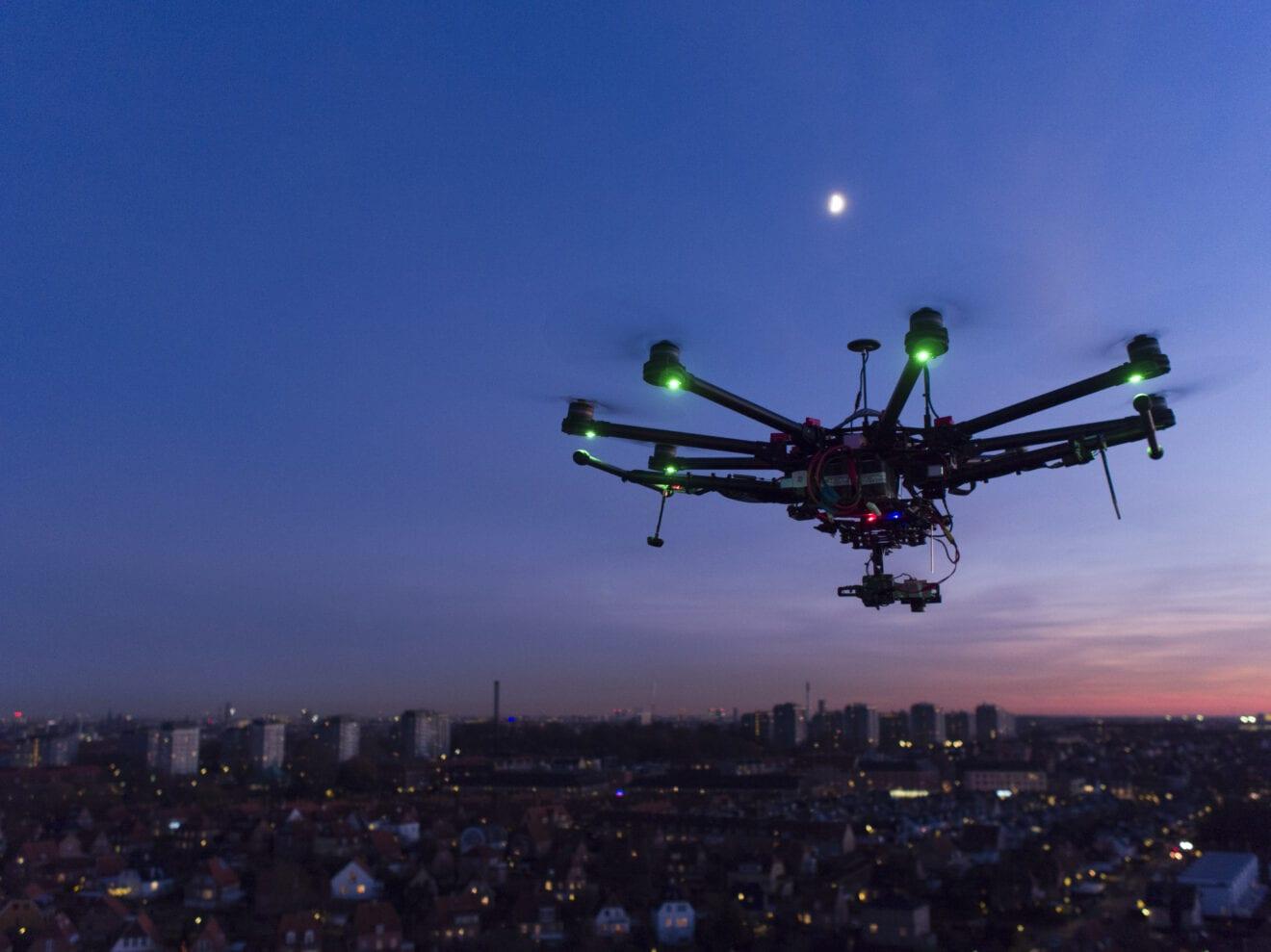 Droner på himlen over København finder lækager i fjernvarmenettet